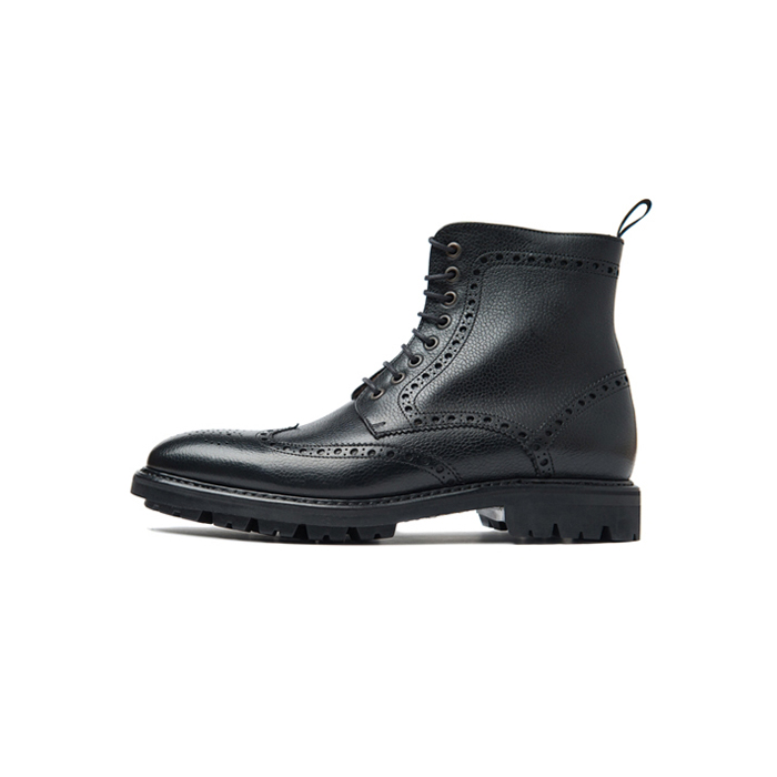 266 wing tip brogue boots